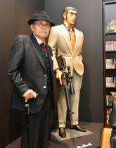 「ゴルゴ13」の連載50周年を記念した特別展に出席したさいとう・たかをさん=5日午後、大阪市