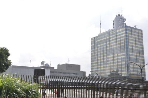 NHK、受信料2.5%値下げへ