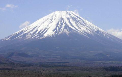 富士山、入山料義務化へ