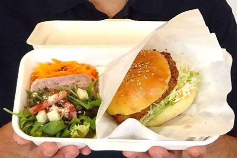 「とんすきメンチ」バーガー人気 神奈川・綾瀬のご当地グルメ