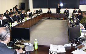 ヘリコプターの安全管理体制を検証する委員会の初会合=18日午後、群馬県庁