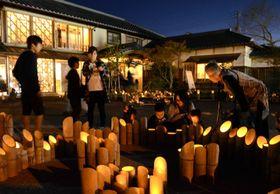 竹灯籠約千本によるライトアップ(宿毛市の林邸)