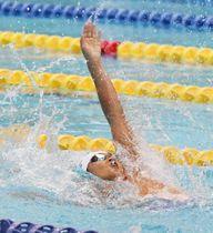 競泳男子100メートル背泳ぎで準優勝した仮屋陽貴=京都アクアリーナ