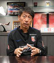 J1浦和のヘッドコーチに就任した上野氏