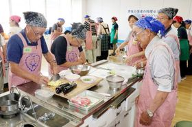 男性介護者を対象にした料理教室(3日)