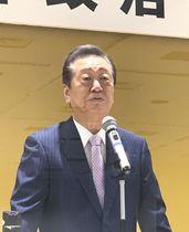 自身の政治塾で講演する立憲民主党の小沢一郎氏=21日、東京都内