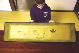 4月21日から展示されている河田小龍の花蝶図(高知県高岡郡佐川町甲)