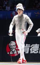 男子サーブル2回戦で敗退した吉田健人=中国・無錫(共同)