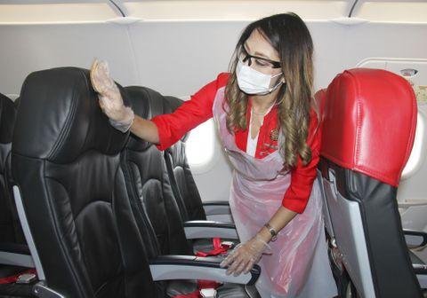 エアアジア、座席一便ごと消毒へ