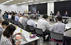 食品公害「カネミ油症」で開かれた、国と患者団体、原因企業カネミ倉庫の三者協議=23日、福岡市