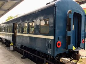 新北投駅隣の公園に保存された往年の日本製客車