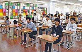 イトーヨーカドー平店に再現された教室「平七小」