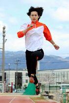 前回のGP走り幅跳びは5位。社会人1年目で挑む大会で飛躍を期す秦澄美鈴=西宮市内