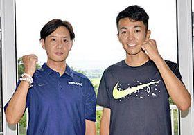 今季の抱負などを語る酒井監督(左)と相沢主将