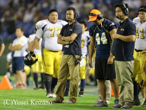 オール三菱の林顕ヘッドコーチ=撮影:Yosei Kozano、25日、東京ドーム