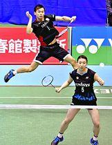 世界ランキングは4位。渡辺(奥)と東野の2人にはメダルの期待も懸かる