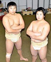 「強い関取になる」と意気込む清田さん(左)と大山さん