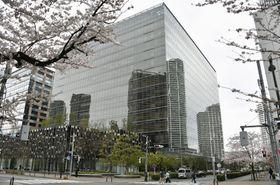 アスクル本社が入るビル=2017年、東京都江東区