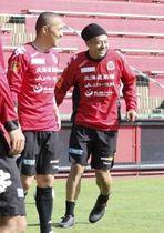 小野(左)と河合、ベテランの2人がチームを引っ張る