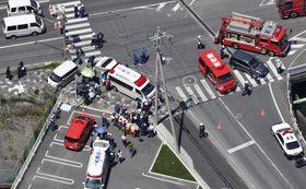 2019年5月8日、車が保育園児らの列に突っ込んだ事故現場=大津市