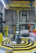 解体が進むフランスの高速増殖炉「フェニックス」の炉心部=2016年(共同)
