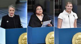 平和賞の授賞式会場で演説する(左から)ノーベル賞委員会のレイスアンデルセン委員長、サーロー節子さん、ICANのベアトリス・フィン事務局長=10日、オスロ(共同)