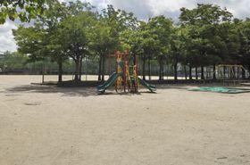3月に少年が爆薬を持ち込んだ名古屋市名東区の公園=21日