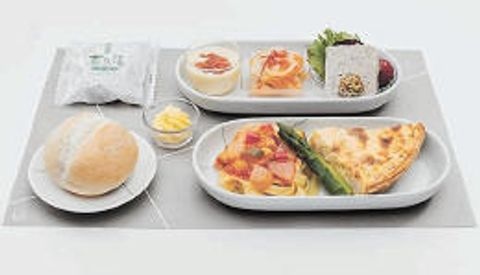 8月の空の旅は「仙台」を食して 日航、月替わり機内食で特集