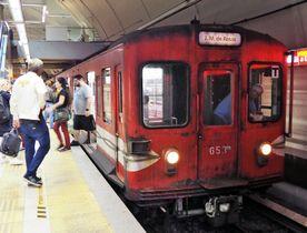ブエノスアイレスの地下鉄を走る旧営団地下鉄(現東京メトロ)丸ノ内線の500形=4月21日(筆者撮影)