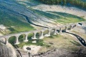 >制作予定の模型の基となるタウシュベツ橋梁の3Dデータ(ひがし大雪自然ガイドセンター提供)
