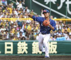 9月下旬の阪神戦で、遊撃の守備に就きプロ初出場を果たした中日・根尾