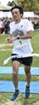 男子フルマラソン 3連覇を達成した山内英昭=掛川市のつま恋