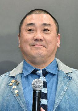 山本圭壱さん