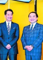 地方巡回の徳島公演などに意欲を見せる中村鴈治郎さん(右)と扇雀さん兄弟=東京都内のホテル