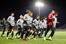 ベネズエラとの国際親善試合に向け調整する日本イレブン=大阪府内