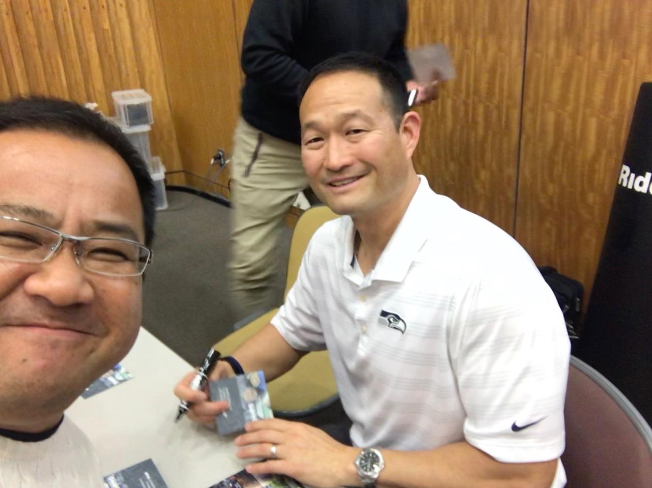 中村多聞さん(左)とクリニックの講師を務めたロッキー瀬藤氏