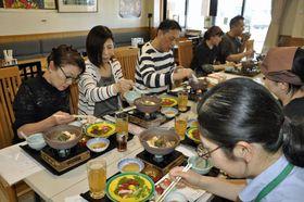5月に行われた「津軽かなぎ馬肉膳」の試食会