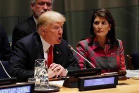24日、違法薬物対策を話し合う国連本部での首脳会議で話すトランプ米大統領=ニューヨーク(ロイター=共同)