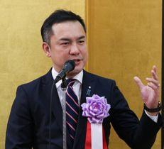 「新時代のかじ取り託して」 三重県知事選で鈴木知事が事務所 ...