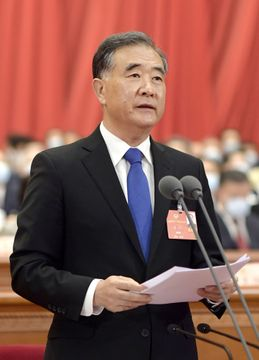 中国序列4位「台湾独立」に警告