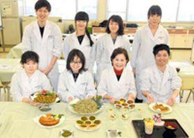 柿の葉粉末でスイーツ開発 香川短大生、県民の健康増進へ 産学連携、商品化も予定