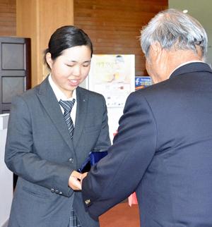 七宮が4位、日本女子アマ切符 東北女子アマゴルフ選手権