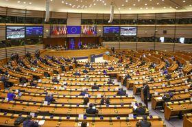 欧州連合(EU)欧州議会の本会議=8日、ブリュッセル(AP=共同)