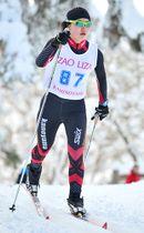 〈距離女子5キロクラシカル〉巧みなレース運びを見せた高橋佳奈子(新庄南金山)=上山市・坊平高原クロスカントリー競技場