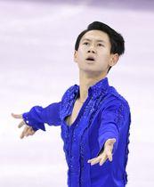 平昌五輪フィギュアスケート男子SPに出場したカザフスタンのデニス・テン選手=2月、韓国・江陵(共同)