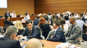 22日未明まで続いた「殺人ロボット兵器」の規制に関する国連公式専門家会議=ジュネーブ(共同)