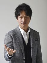 「連続ドラマW 神の手」で主演する椎名桔平