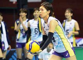 バレーボール女子で代表入りを目指す佐藤美=昨年10月、秋田市のCNAアリーナ