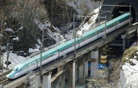 北海道新幹線=2016年3月、北海道知内町