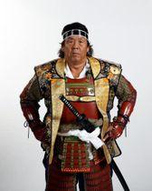 武者姿で特別出演する長州力さん